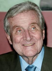 Patrick Macnee 90